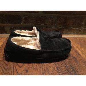 UGG Australia ASCOT SUEDE Black Slippers Women Sz9